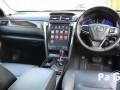 toyota-camry-small-4